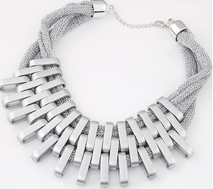 stylish silver collar necklace